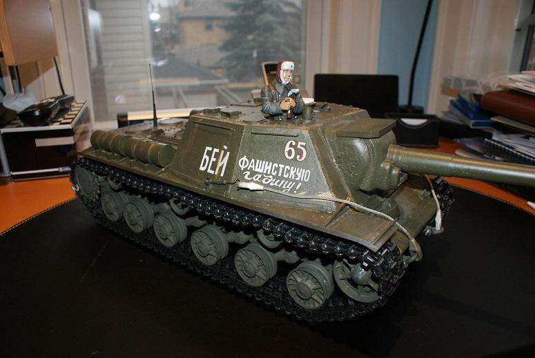 My SU-152 for Airbrusher Dsc04312
