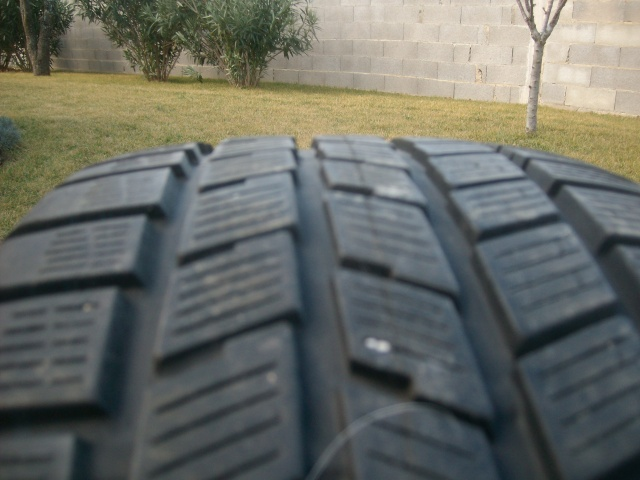 """pneus - Vends pneus """" hiver """" av Pirelli en 18 P Alim3411"""