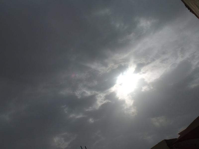 بعدستي أمطار الاحد 1435/3/4  ليلاً بمحافظة الخرج Dscf0710