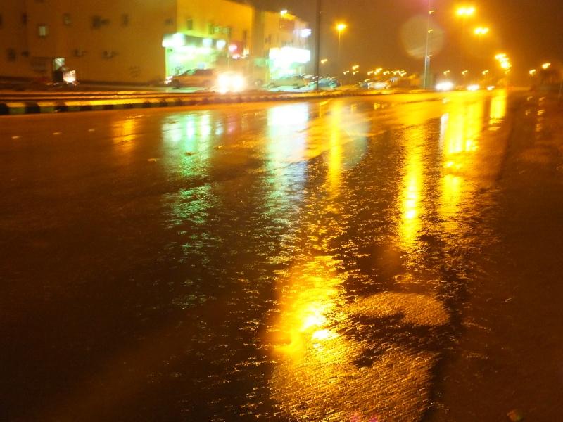 بعدستي أمطار الاحد 1435/3/4  ليلاً بمحافظة الخرج Dscf0811