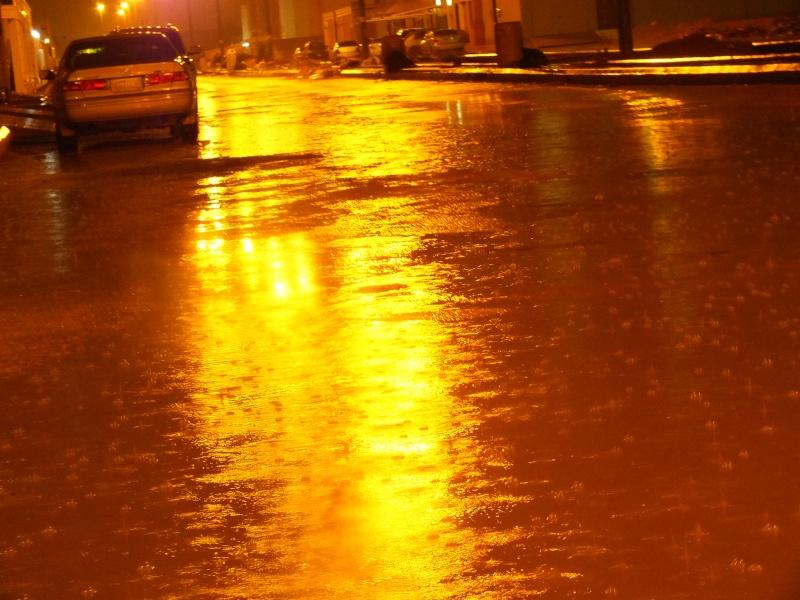 بعدستي أمطار الاحد 1435/3/4  ليلاً بمحافظة الخرج Dscf0817