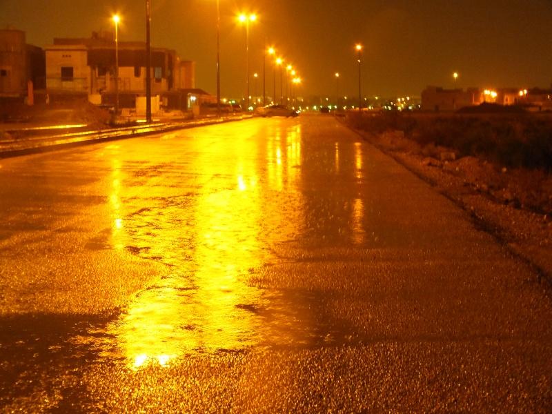 بعدستي أمطار الاحد 1435/3/4  ليلاً بمحافظة الخرج Dscf0819
