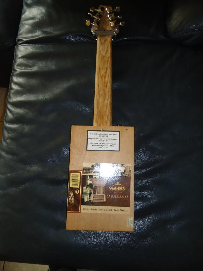 les cigarboxguitar de J--A--C - Page 4 Dsc02517