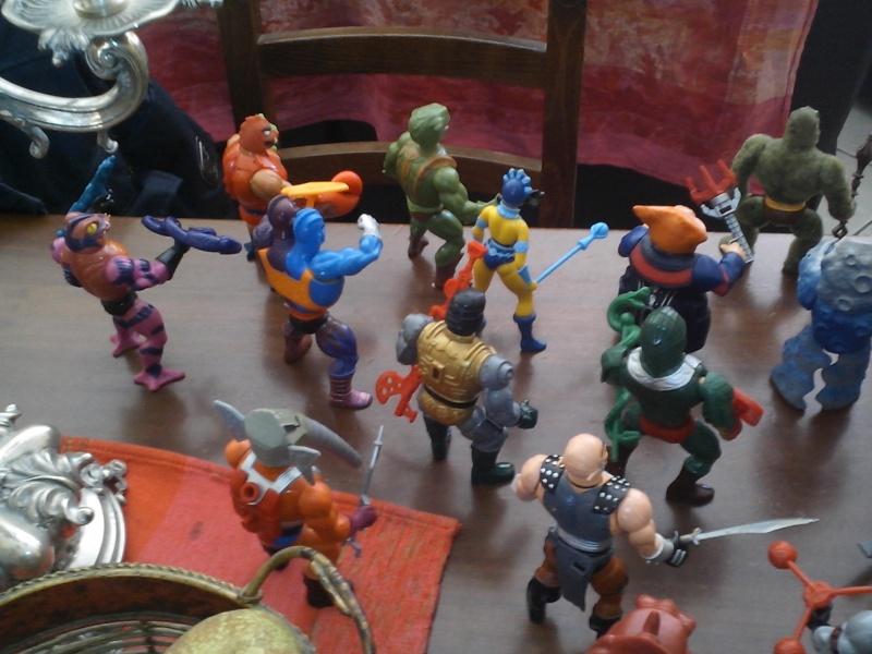 Grande blocco doppioni personaggi Masters of the Universe Img_2045