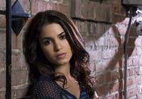 Twilight Cast (Gesuch) Nikki-10