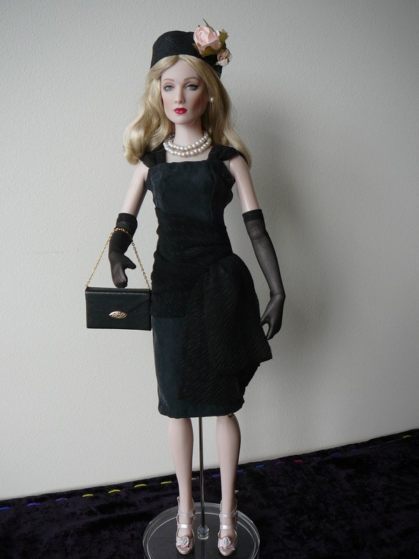 MES TONNER STYLE 1950's : PEGGY HARCOURT & CAROL BARRIE Carol_10