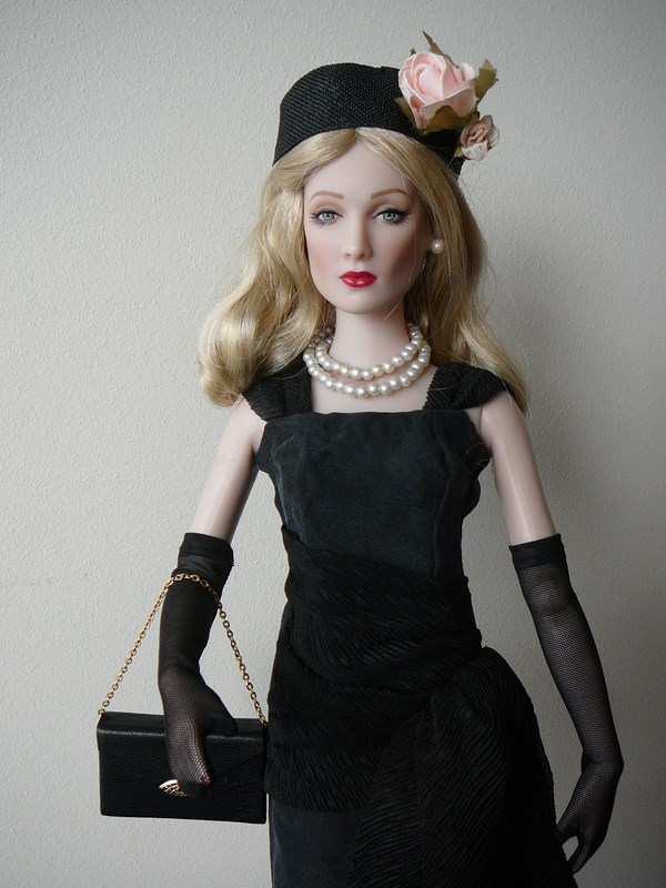 MES TONNER STYLE 1950's : PEGGY HARCOURT & CAROL BARRIE Carol_11