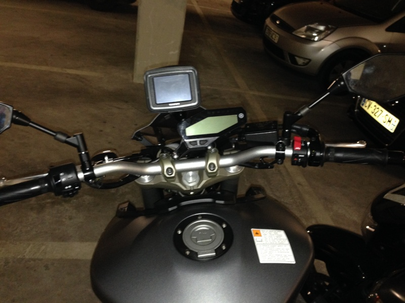 Support GPS Tomtom Rider / Fixation au compteur Photo_13