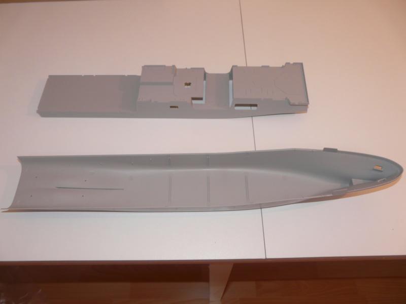USS NEW-YORK  1/350 de chez REVELL P1050919
