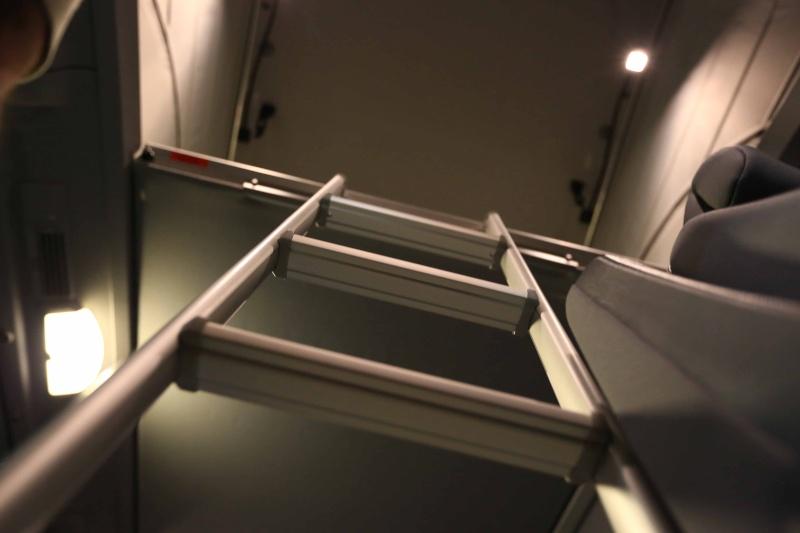 Echelle ou autre chose pour monter dans et sortir du lit au toit Img_4214