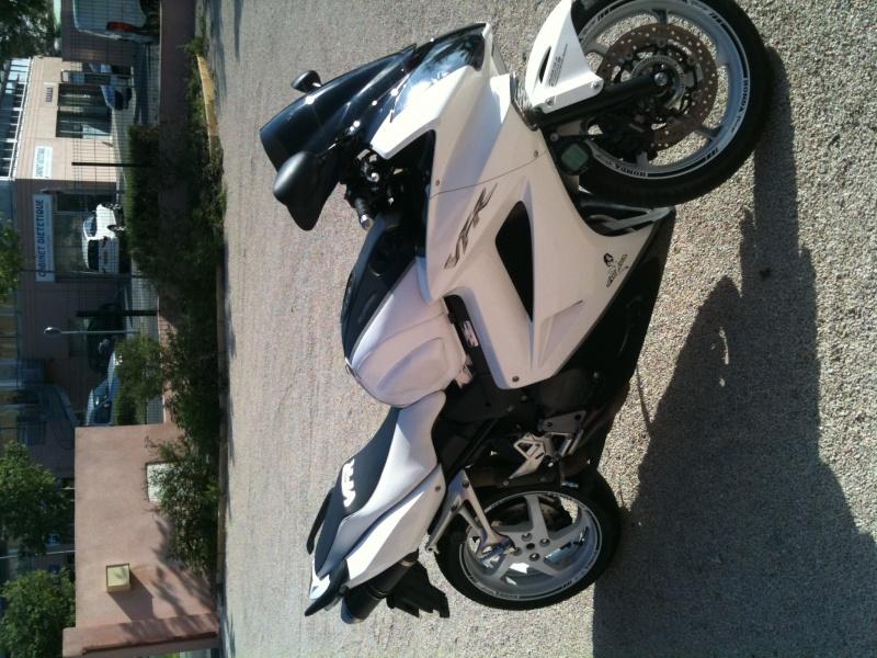 Mes motos de route et piste - Page 3 Img_0913
