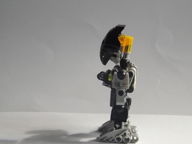 [MOC] Les mocs de Skrall789 (Nouveau Moc : MOCS BFGM : Akhatos - God of the Skull Spiders)  - Page 4 Dscf0411