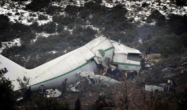 Crash Hercule C-130 7T-WHM 19121010