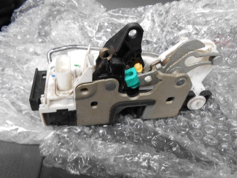 verrouillage - verrouillage centralisé porte arrière gauche Dscn0117