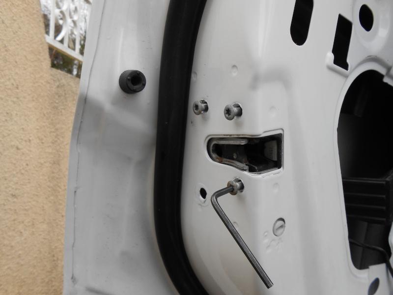 verrouillage - verrouillage centralisé porte arrière gauche Dscn0118