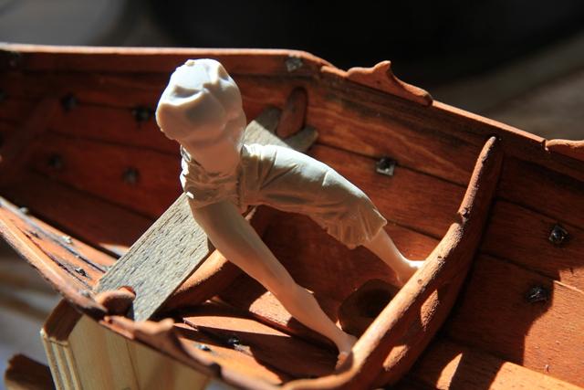 Ruderer im Wikingerbeiboot Adam_410