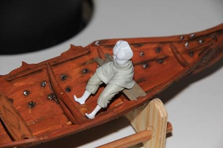 Ruderer im Wikingerbeiboot Adam_610