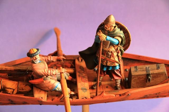 Ruderer im Wikingerbeiboot Beiboo14