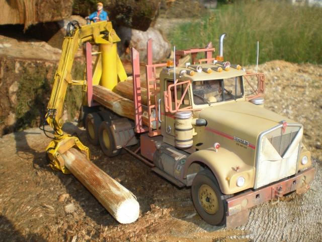 kenworth loggin truck P7131511