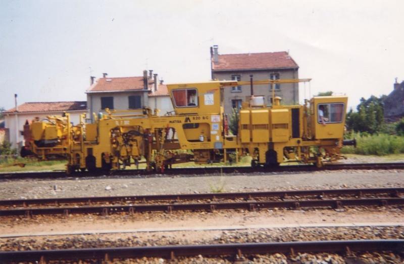 Pk 385,2 : Gare de Mazamet (81) - Page 4 Boureu11