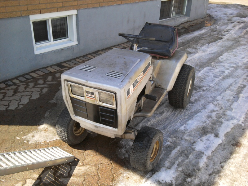 1982 Craftsman LT11 Trail/Mud/Woods Tractor 2014-011