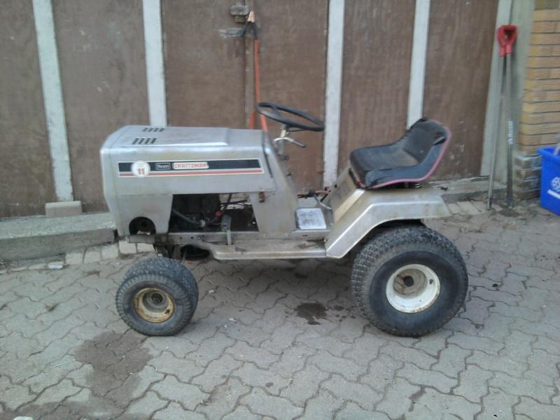 1982 Craftsman LT11 Trail/Mud/Woods Tractor 2014-015