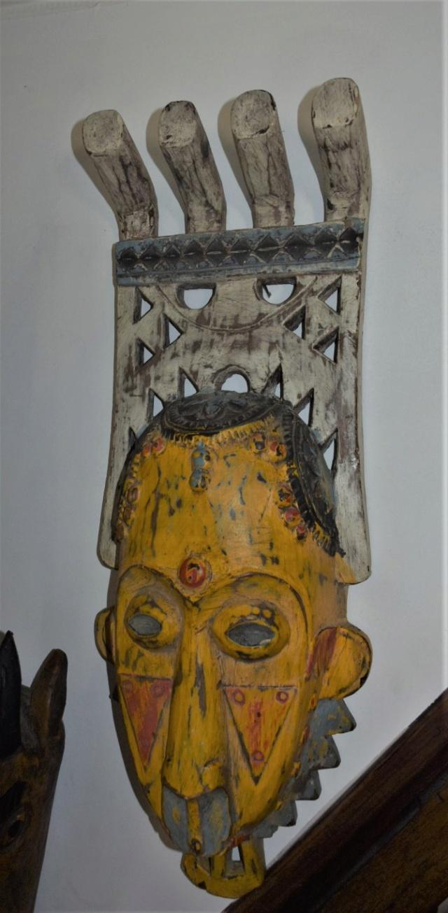 """masque """"Gouro"""" polychrome Dsc_3423"""