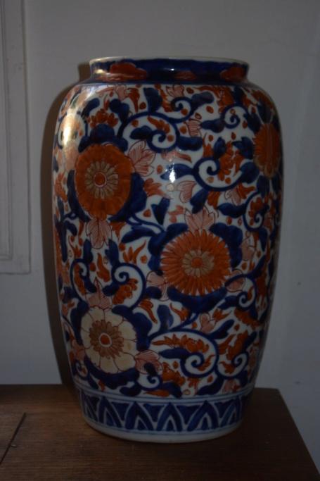 Vase Imari de période inconnue Dsc_7721
