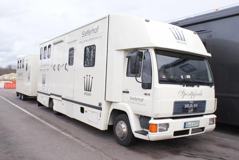 Transports de chevaux - Page 4 Dsc02120