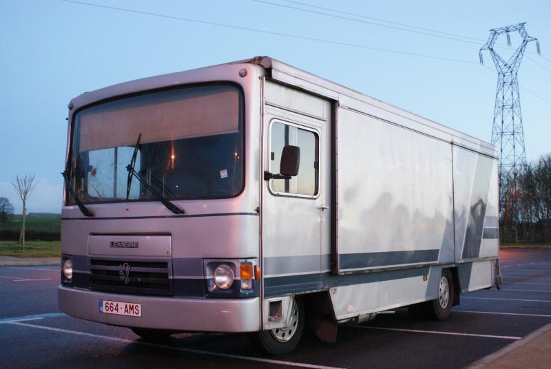 Les camions magasins (Pizza, marchés, etc etc) Dsc02212
