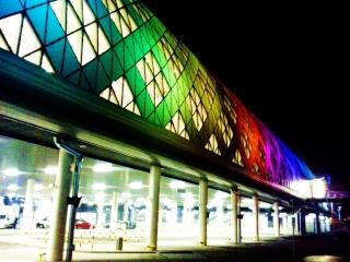 O Shopping Center do Litoral Alentejano e do Terminal Rodoviário em na cidade de Sines Poznan13