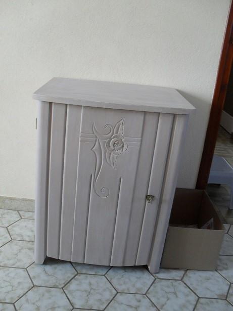 vieux meuble de machine a coudre  Sdc11235