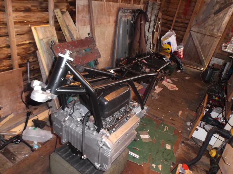 K100 restoration cafe-racer style  Dscf0115