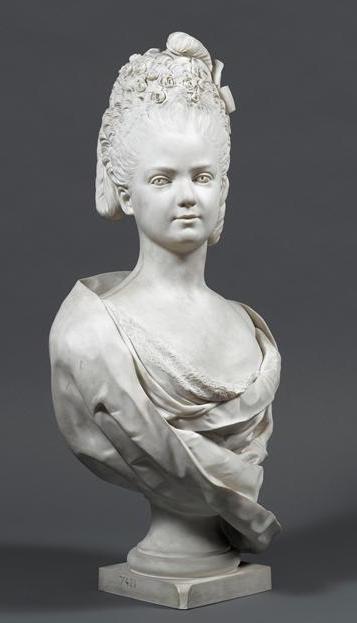 Buste de Mme Adélaïde, de Mme Clotilde, ou d'une inconnue (mais non pas de Marie-Antoinette) par Vavasseur ?  08-54712
