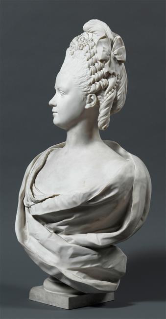Buste de Mme Adélaïde, de Mme Clotilde, ou d'une inconnue (mais non pas de Marie-Antoinette) par Vavasseur ?  08-54713