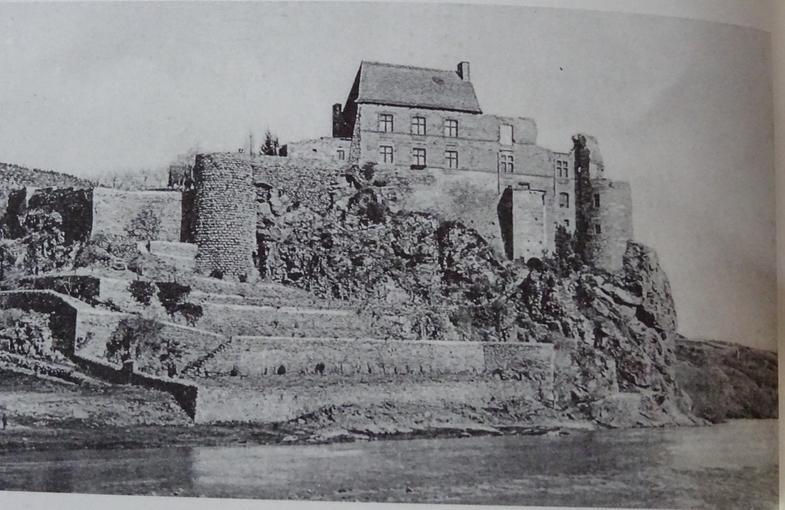 Le château de Lavoûte-Polignac (Haute-Loire) 12439010