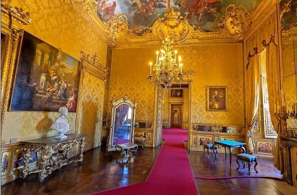 Le Palais royal de Turin (Palazzo Reale di Torino) 12785410