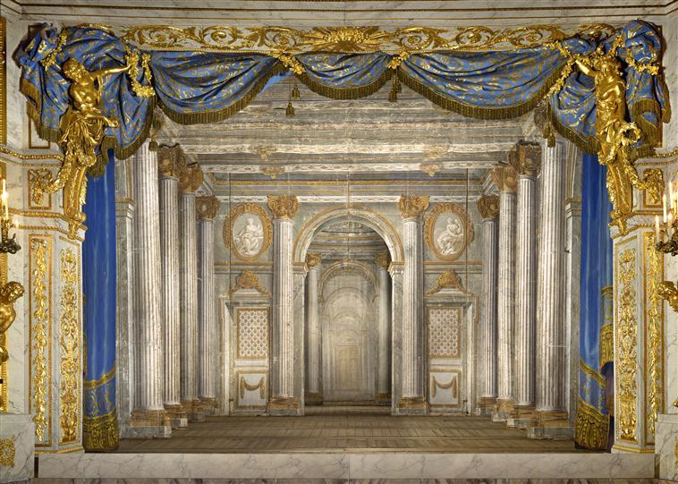Le Petit Théâtre de Marie-Antoinette à Trianon - Page 4 13-58110