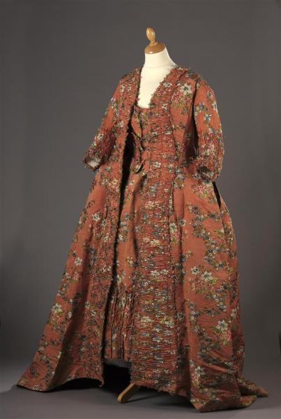Robes du XVIIIe siècle - Page 3 15506616