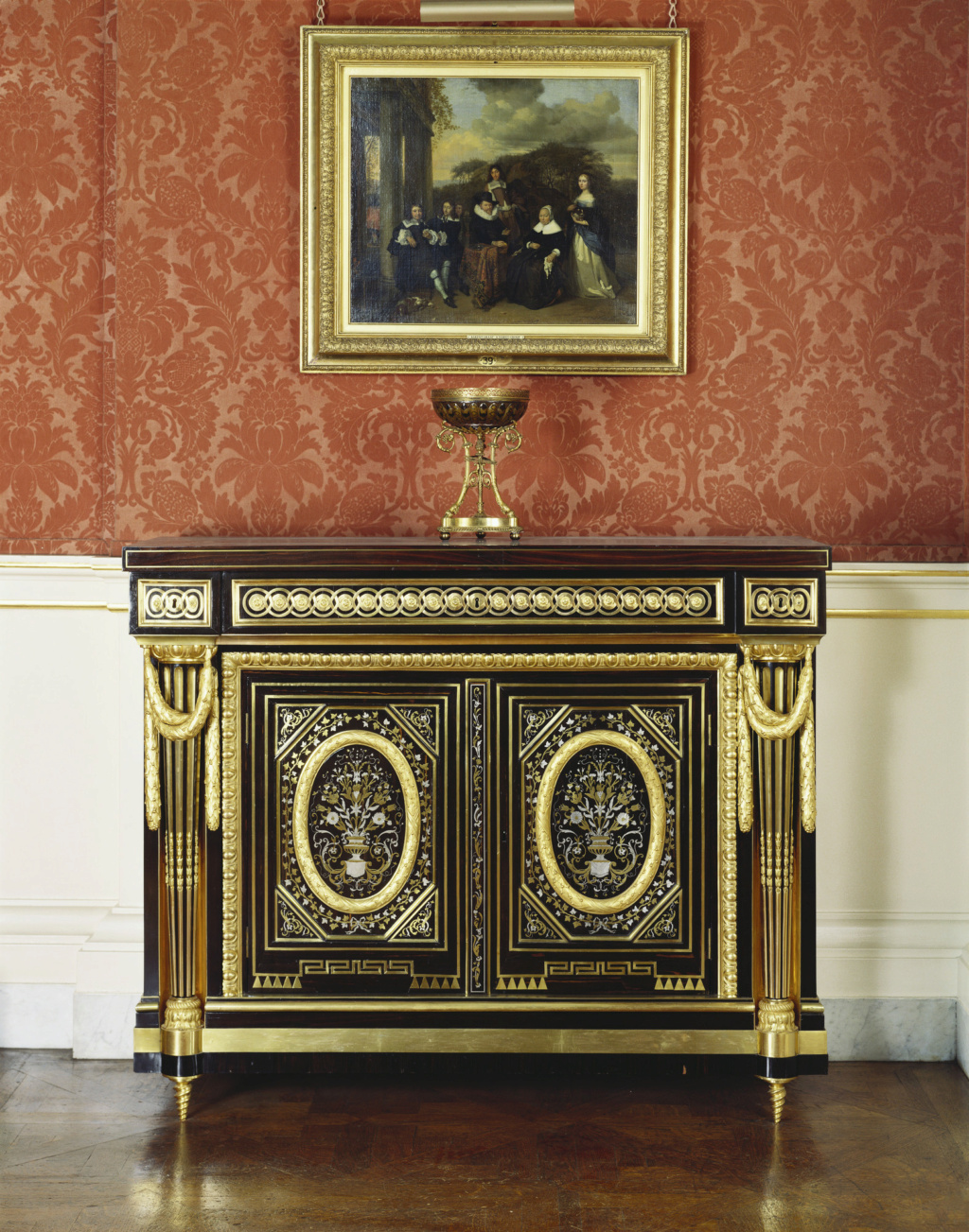 Le mobilier et le renouveau du « style Boulle » dans les années 1770-1780 : Etienne Levasseur et Adam Weisweiler 18367010