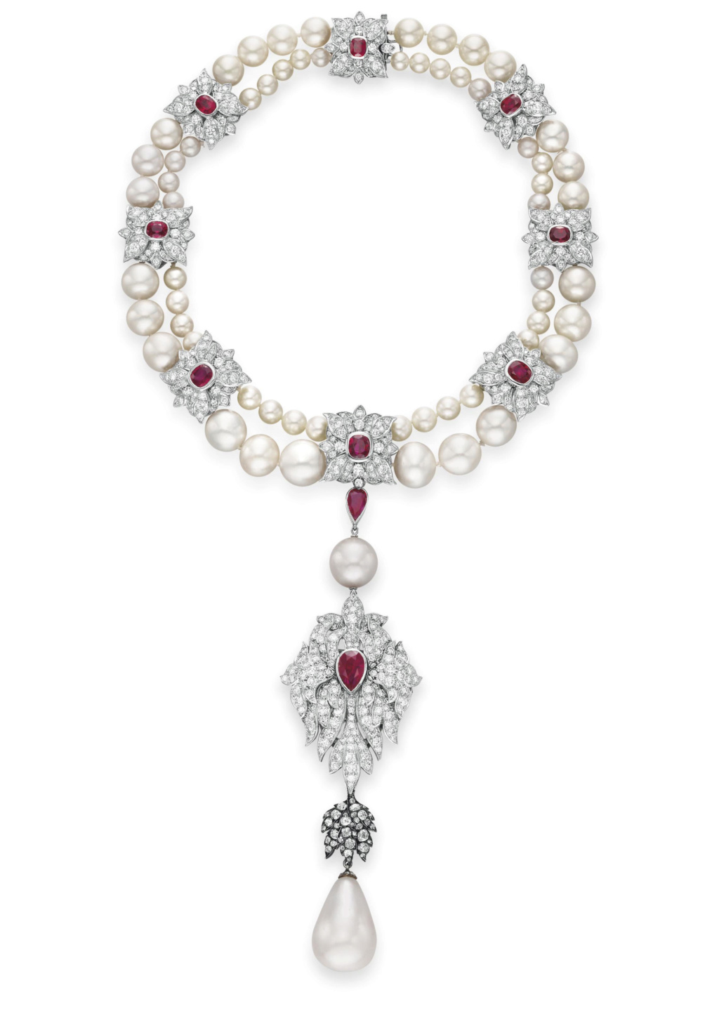 Quatre perles parmi les plus célèbres au monde : La Régente (Perle Napoléon), La Pélégrina, La Pérégrina, La perle de Marie-Antoinette - Page 2 2011_n15