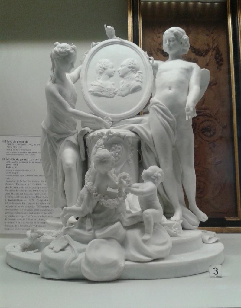 Marie-Antoinette : sujets allégoriques en porcelaine de la Courtine, Manufacture de Locré (Jean-Baptiste) 20150210