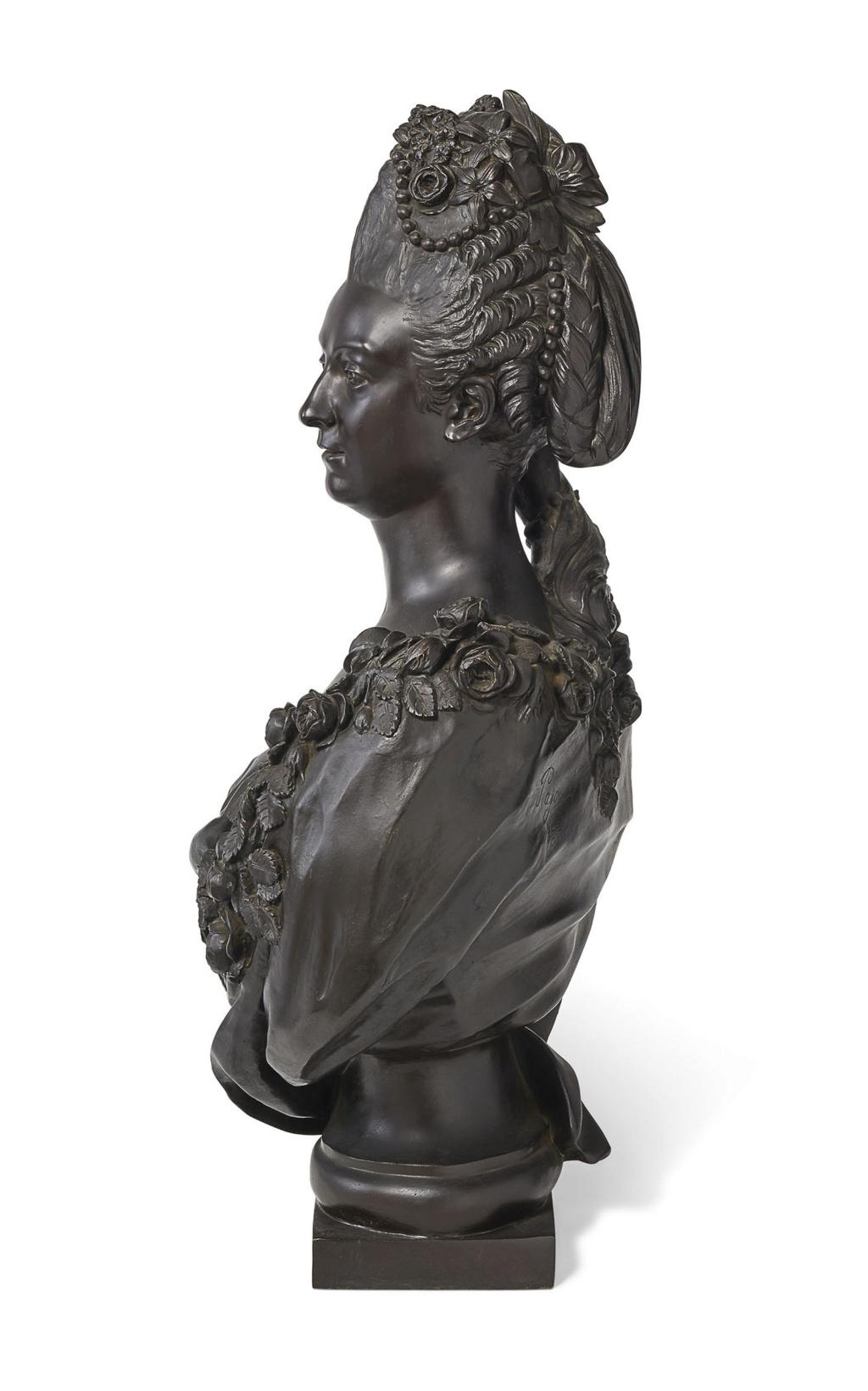 Buste de Mme Adélaïde, de Mme Clotilde, ou d'une inconnue (mais non pas de Marie-Antoinette) par Vavasseur ?  2019_p20
