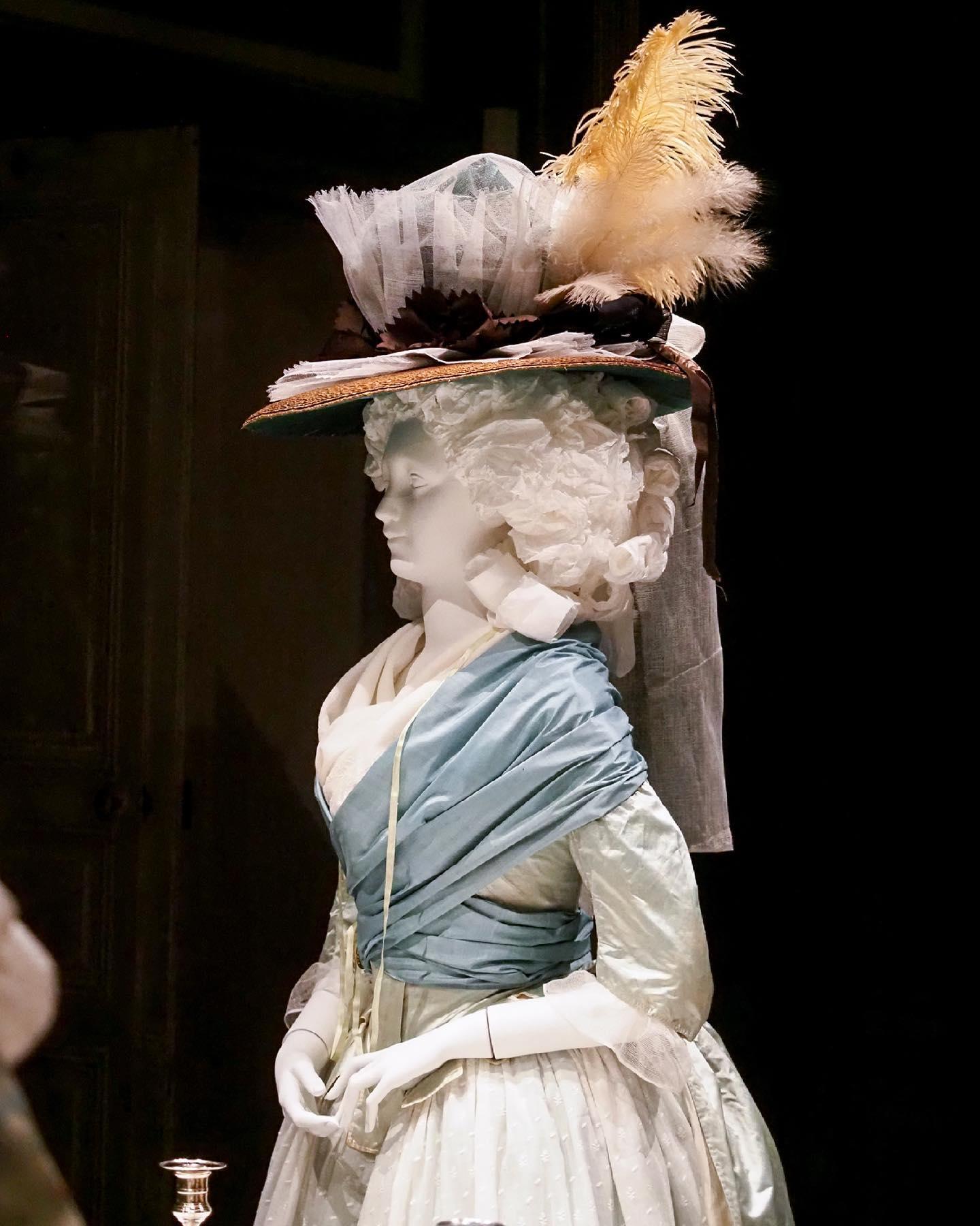 """Exposition """" L'art de vivre en Provence au temps de Fragonard """". Musée provençal du costume et du bijou (Grasse) 20518710"""