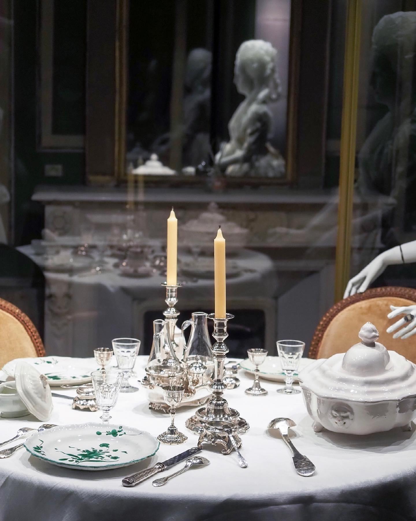 """Exposition """" L'art de vivre en Provence au temps de Fragonard """". Musée provençal du costume et du bijou (Grasse) 20577710"""
