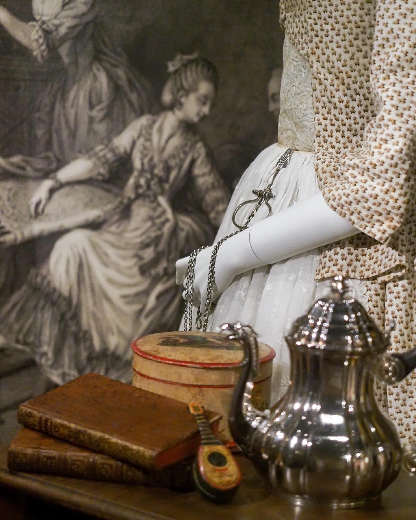 """Exposition """" L'art de vivre en Provence au temps de Fragonard """". Musée provençal du costume et du bijou (Grasse) 20957910"""