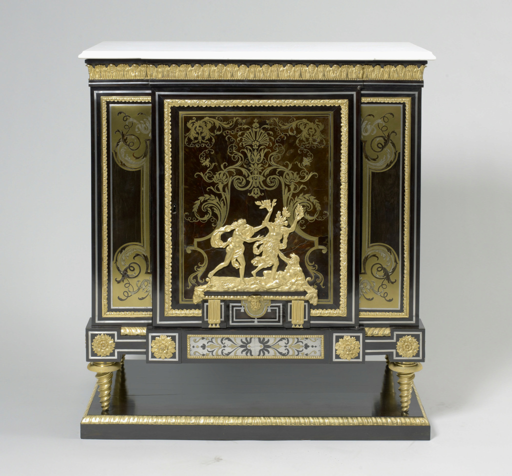 Le mobilier et le renouveau du « style Boulle » dans les années 1770-1780 : Etienne Levasseur et Adam Weisweiler 27021410