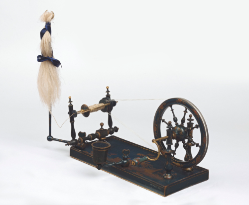 Un rouet ayant appartenu à Marie-Antoinette ? Les rouets au XVIIIe siècle 274pf110