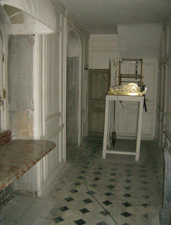 Les petits cabinets scientifiques et ateliers de Louis XVI à Versailles 27551310