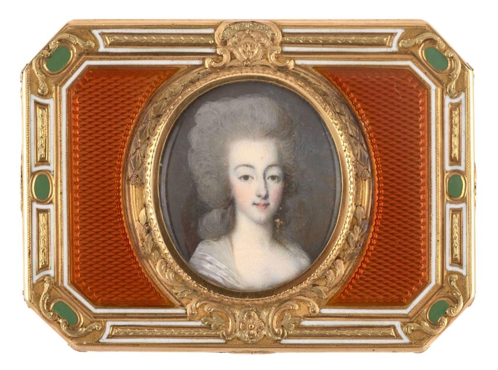 Portraits de Marie-Antoinette sur les boites et tabatières - Page 2 4013_112